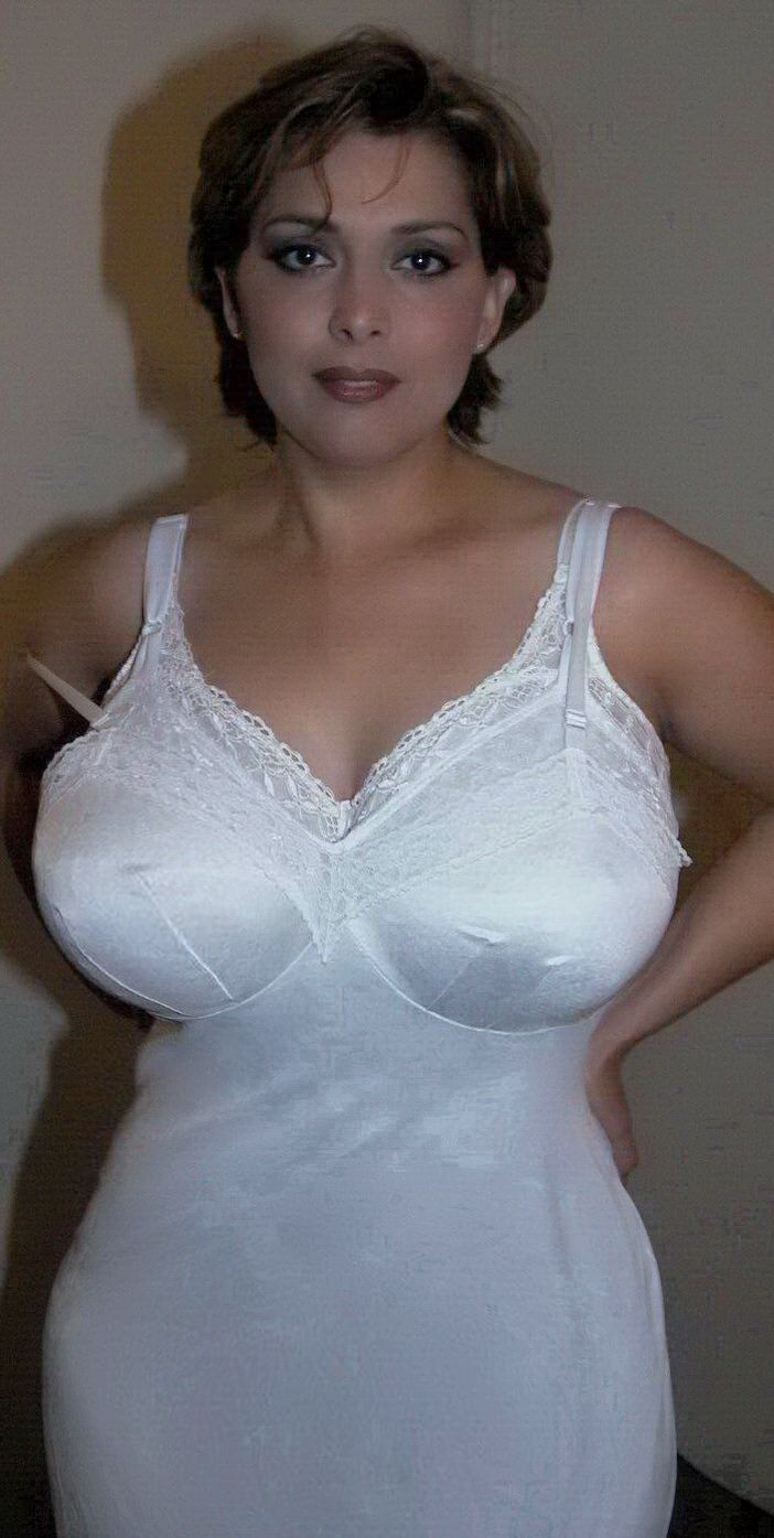 ads large breasted women personal