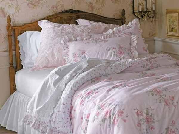 die besten 25 shabby chic bedding sets ideen auf pinterest shabby chic bettdecke shabby chic. Black Bedroom Furniture Sets. Home Design Ideas