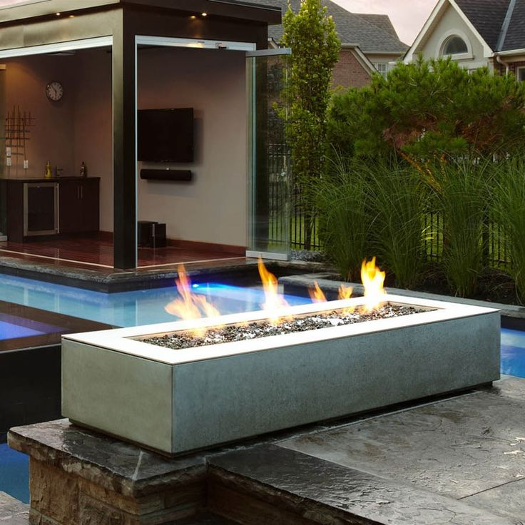 1000 ideas about modern outdoor fireplace on pinterest for Outdoor modern fire pit