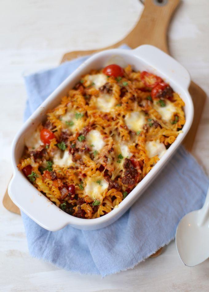 Pasta-ovenschotel met tomaat en gehakt