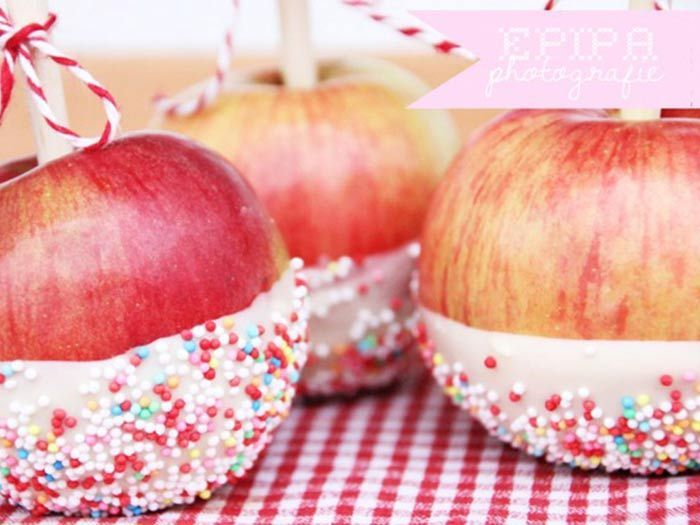 DIY Rezept: Zuckeräpfel selber machen // DIY recipe: toffee apples, sugar-coated apples via DaWanda.com