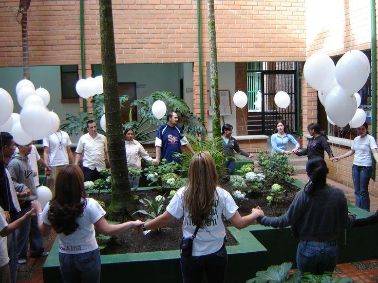 Integración y diálogo. Fotografía actividad Abracemos la Universidad, Sede Yarumal.