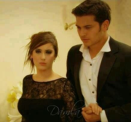 The best moment..... When emir's eyes were thirsty for her love n then... Feriha went at the party to pleased his eyes.