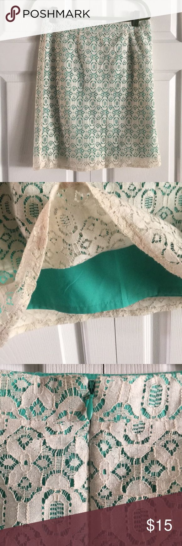 Green and cream lace skirt Mint green and cream lace skirt. Skirt hits at knee length and is perfect for the office or church. Straight lines of skirt make it pencil-ish without being tight. Willi Smith Skirts Pencil