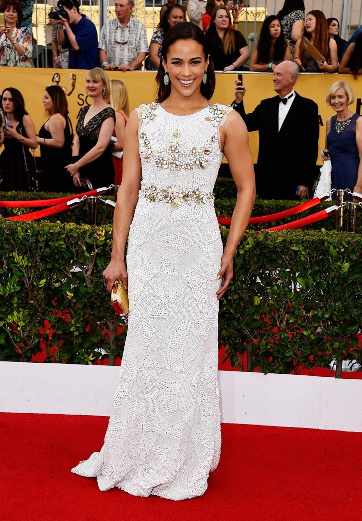Pin for Later: The Fashion Choices at the SAG Awards Deserve 5 Stars Paula Patton Paula Patton chose a white beaded Aiisha Ramadan number, matching her golden clutch and Kimberly McDonald jewels perfectly.