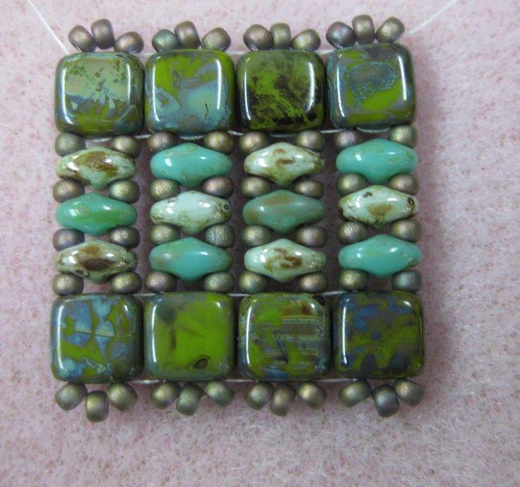 super duo bead patterns | Found on beadstreetonline.blogspot.co.uk