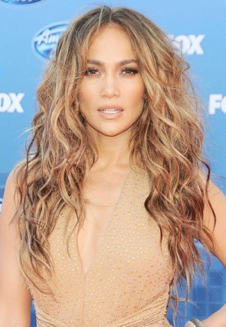ahh, that hair doe. im obsessed with the color (or her in general;) one day miss jLo, one sweet day!