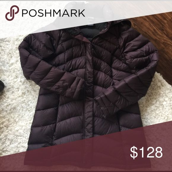 North Face puffer coat Perfect for winter ski weather The North Face Jackets & Coats Puffers