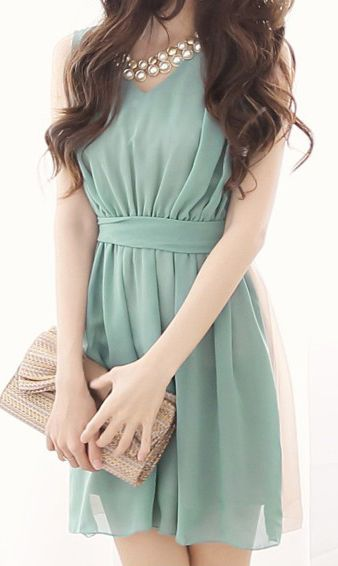 Mint & Cream chiffon dress with pearl necklace and bow clutch Possible 1 Year Weeding Anniversary Outfit