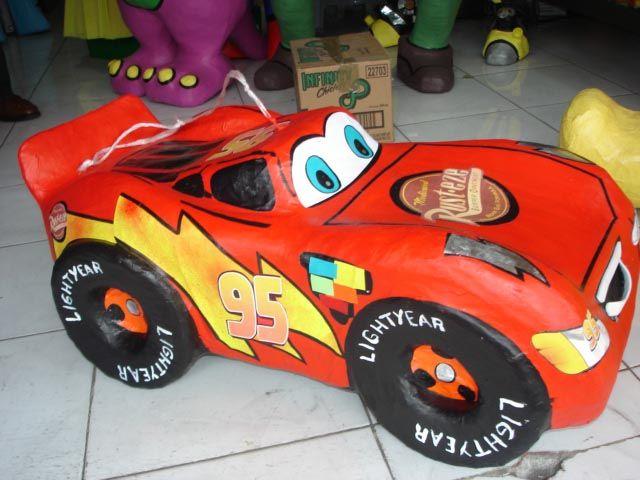 PIÑATA DE CARS RAYO MCQUEEN CHICO