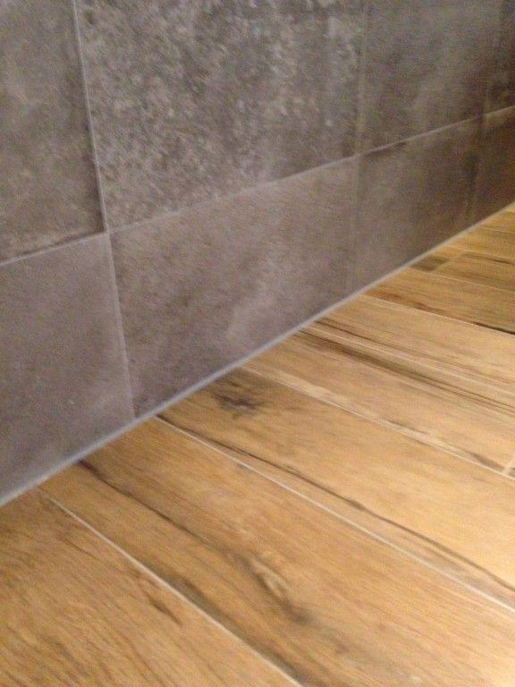 #ABK Unika Grey 30x60, #Emil Ceramica Scottish Oak 20x120 www.kierkels.nl