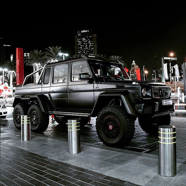 17 best images about mercedes g wagon on pinterest g class mercedes g class and vehicles. Black Bedroom Furniture Sets. Home Design Ideas