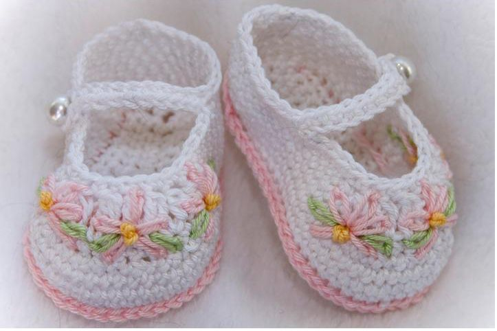 baby shoes crochet crocheted baby shoes will look ...
