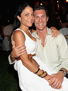 Bethenny Frankel and Jason Hoppy.  Too bad their marriage last.  I thought they were a great couple.  I thought that their personalities would balance each other out.