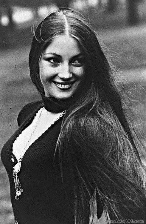 Jane Seymour, 15 February 1951 Hayes, Middlesex, England, UK