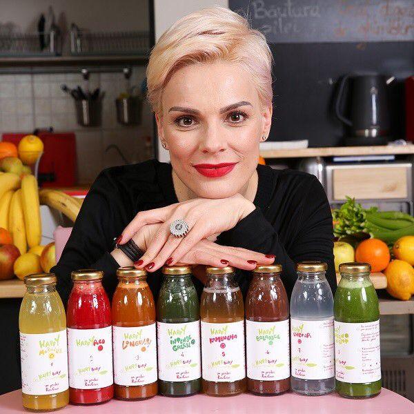 #DetoxHappyBody- primul program de detoxifiere cu sucuri din Romania, pentru persoanele active raw vegan drinks cold pressed juices www.rawcoco.ro