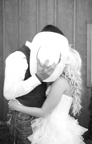 Cute wedding picture. Mackenzie and josh from teen mom 3