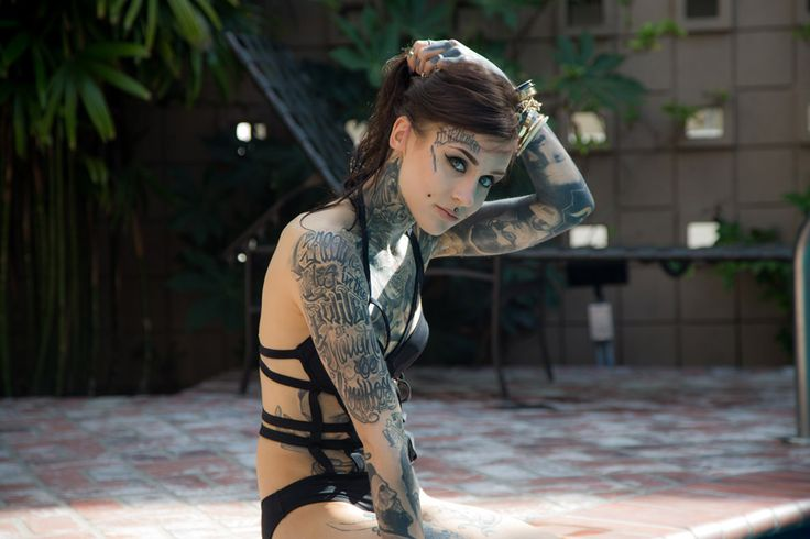 Monami Frost Instagram  Tattooed Independent model Monami Frost