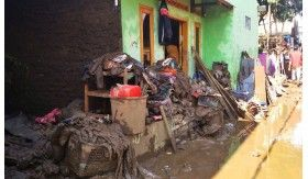Banjir Kembali Menghempas Pemukiman di Garut