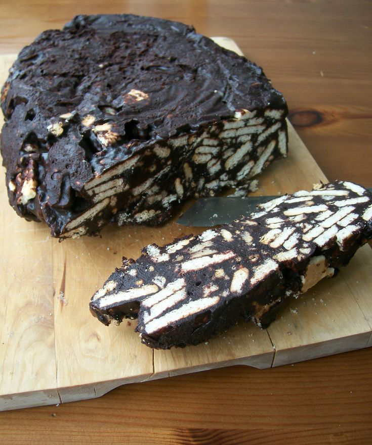 Ein kalter Kuchen, unser Sonntagskuchen: Arretjescake, die holländische Variante vom Kalten Hund! Ein einfaches Rezept ohne backen.