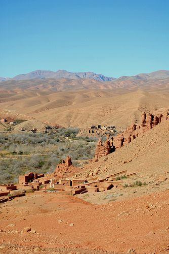 Road to the oasis, Sahara desert, Merzouga, Morocco