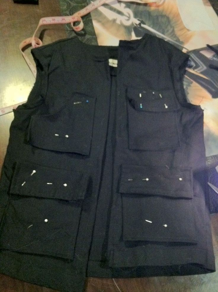 Han Solo Cosplay vest front pocket placement