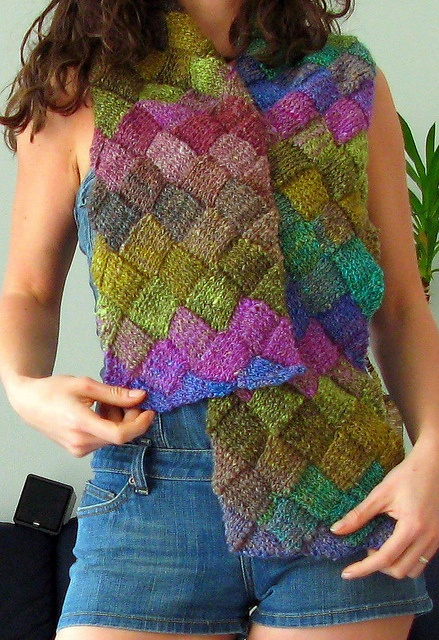 32 best images about Entrelac Knitting on Pinterest Patterns, Blankets and ...