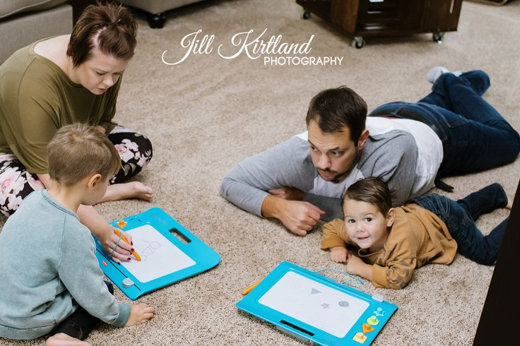 In-Home Family Lifestyle photo session #familylifestylephotography #lifestylephotography (Jill Kirtland Photography - Mid Ohio Valley Lifestyle & Event Photographer)