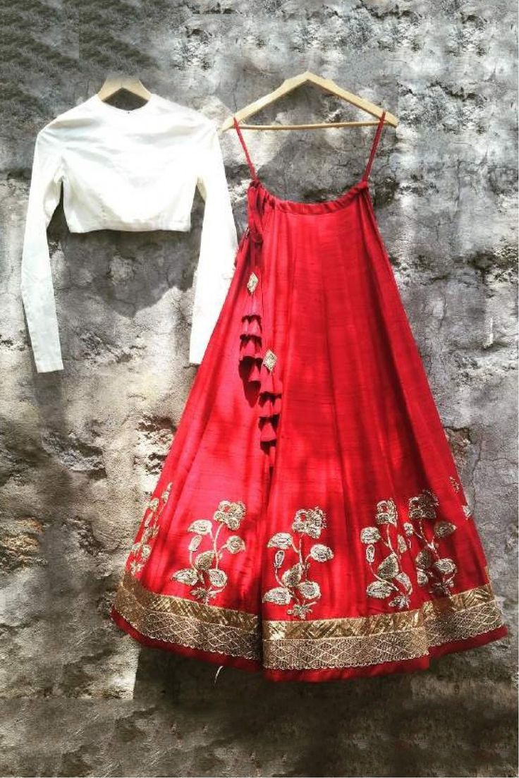 The Stylish And Elegant Lehenga Choli In Red Colour Looks Stunning And Gorgeous With Trendy And Fashionable Embroidery . The Taffeta Fabric Party Wear Lehenga Choli Looks Extremely Attractive And Can ...