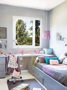 Dormitorio con zona de estudio