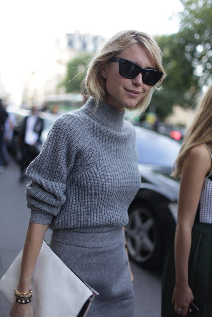 Turtleneck Street Style Street Style Pinterest Grey Sweater Grey And Fashion Trends