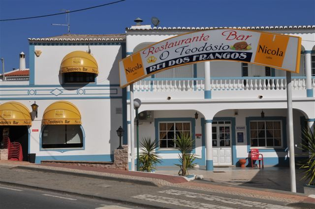 O Teodosio Rei dos Frangos - Guia Algarve. I have eaten here a hundred times or more and it's lush. It's lost some if the character it had 20 years ago but still in my top 5 restaurants/meals.
