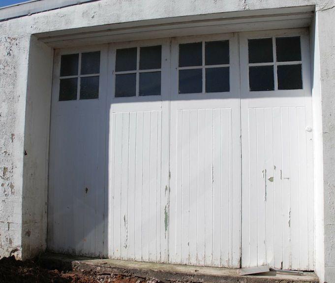 Victorian Bifold Garage Door & The 17 best images about Workshop door on Pinterest | Bi folding ...