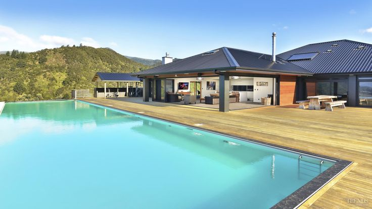 Mayfair Pools - Pool of the Year 2015