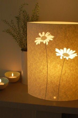 lovely daisy lamp by Hannah Nunn.