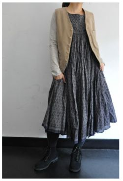 .: Little Houses, Baggy Clothing, Japanese Style Clothing, Crinkle Dresses, Japanese Style Fashion, Clothing Japanese, Japanese Clothing Style, The Dresses, Japanese Linens Clothing