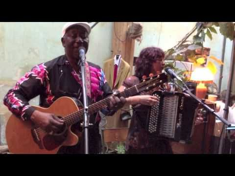Papa Noel & Viviane Arnoux Live