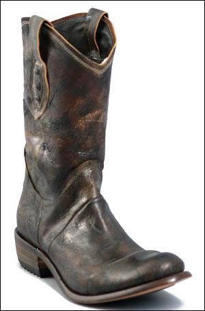 vintage looking boots by Sendra.