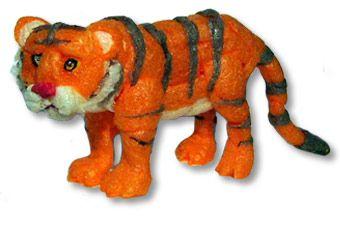 How to make a PlayMais® tiger.