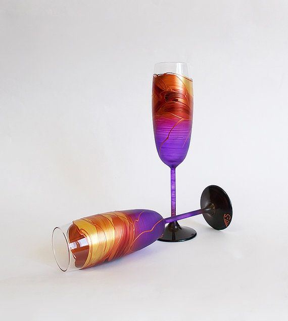 Purple Wedding glasses Hand painted Champagne glasses Set of 2 Champagne Flutes Personalized Purple wine glasses with Gold and Copper