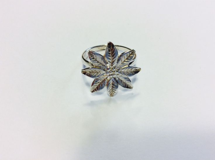 Upcycled Sterling Silver Flower Ring - size V