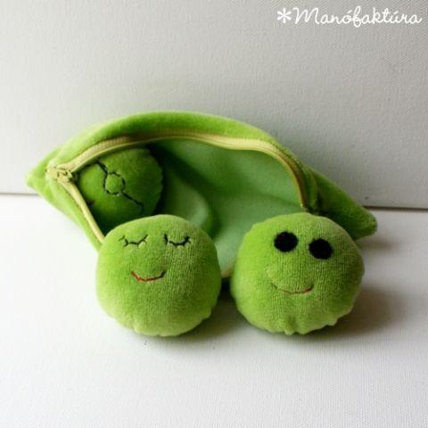 Manofaktura terméke. Zöldborsó plüss játék