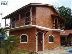 Casa de bloco cerâmico estrutural aparente resinado…