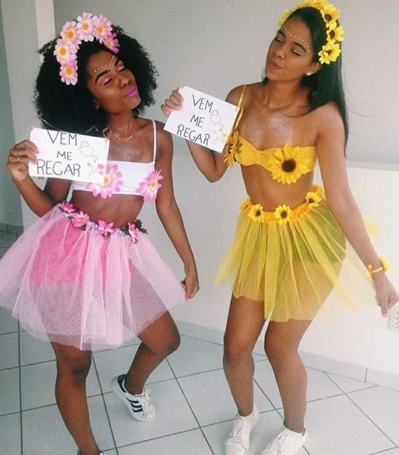 50 Fun Creative Halloween Costume Ideas For You And Your Bff Bff Colleges Costu Halloween Costume Outfits Halloween Outfits Creative Halloween Costumes