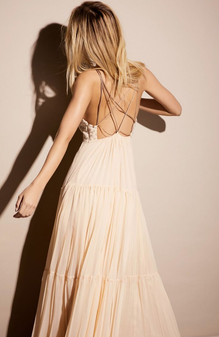 Looking For That Perfect Boho Prom Dress Check Out Our Dress Collection More On La Luna Bohemia Http With Images Free People Maxi Dress Maxi Dress Prom