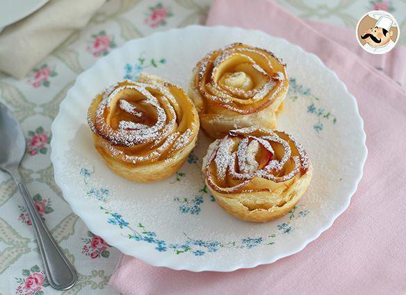 #menú #postre #Rosas de manzana y hojaldre --> https://www.petitchef.es/recetas/postre/rosas-de-manzana-y-hojaldre-fid-1570080?utm_content=buffer61118&utm_medium=social&utm_source=pinterest.com&utm_campaign=buffer + video paso a paso