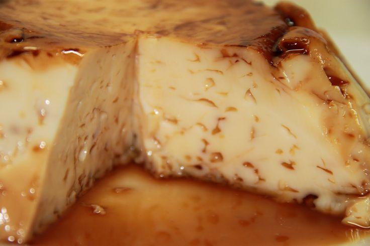 Es un flan casero muy simple que tiene un sabor muy rico. Disfrutarás su delicioso sabor, pero más aún el método tan rápido y práctico con el que se hace.