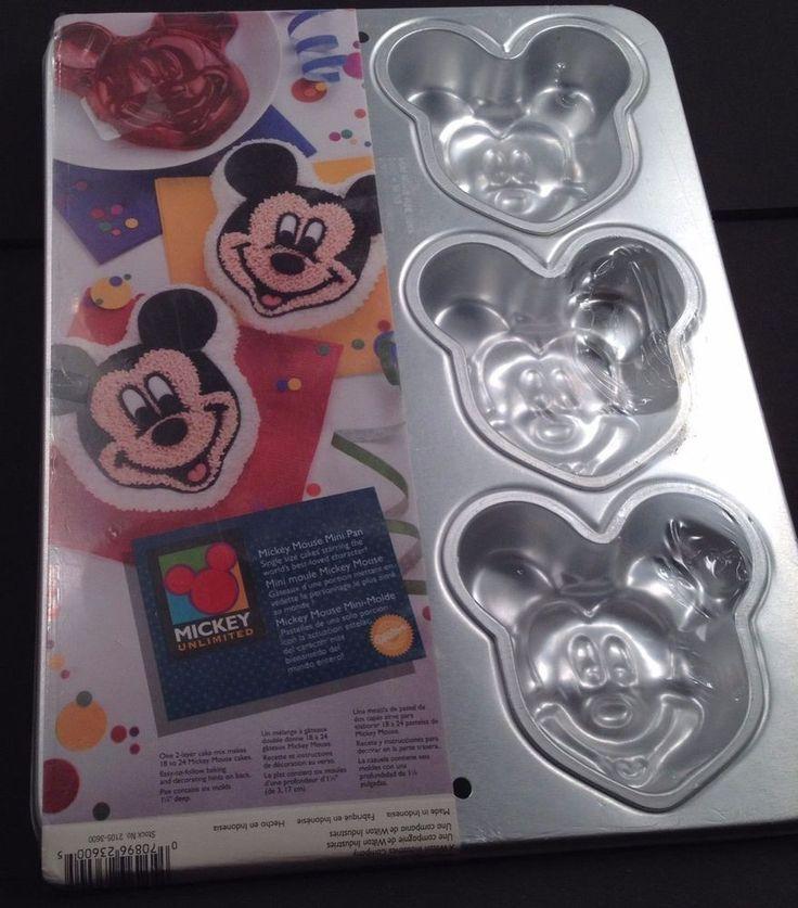 Best 25 Mickey Mouse Cake Pan Ideas On Pinterest Minnie