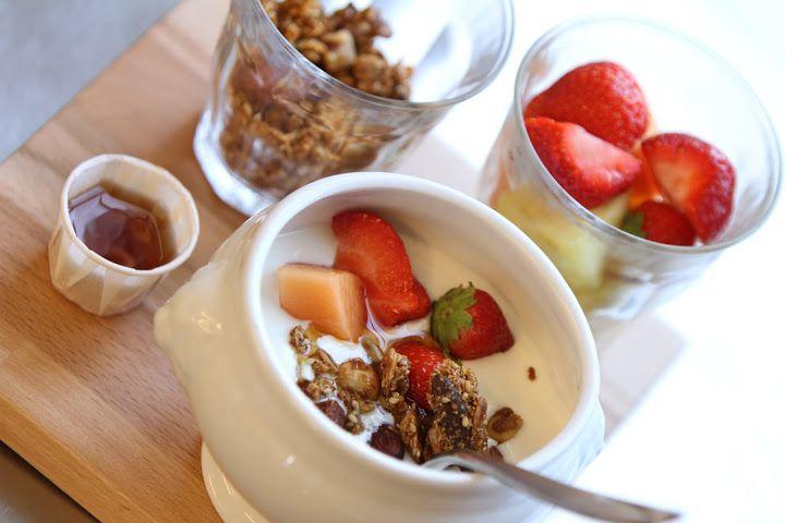 Fruit Granola Yogurt by California Bakery
