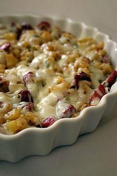 Patates Pizzası Tarifi -Patates Pizzası yapımı için gereken malzemeler ve yapılışı Yemek tarifleri -tr.com'da